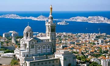Après 800 ans d'histoire architecturale et spirituelle, Notre-Dame de la Garde veille toujours sur Marseille