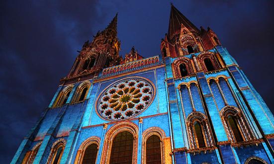 Chartres : une nouvelle cathédrale, « maison de Marie sur terre »